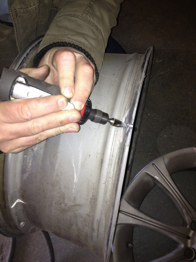 Stage 1 cracked alloy wheel weld preparation