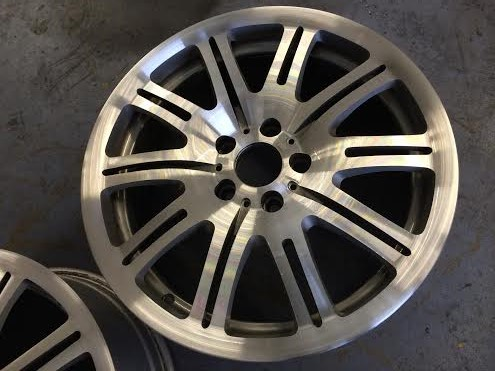 BMW alloy wheel diamond cut